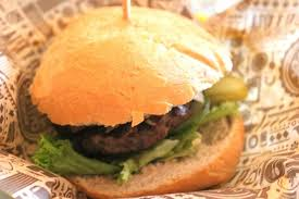 De hamburger van meneer Smakers! jammie!